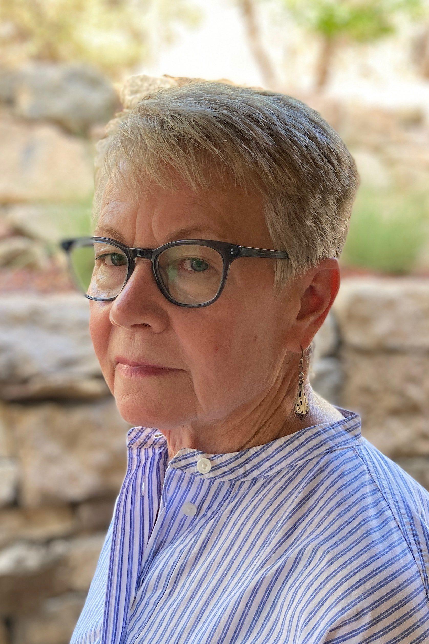 Lynn Woodbury